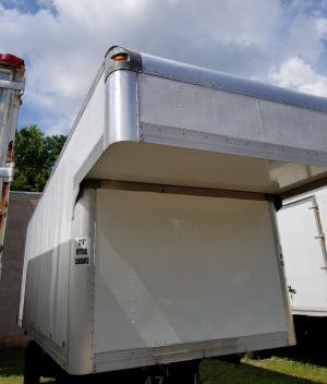 1078, Used 26ft attic truckbody