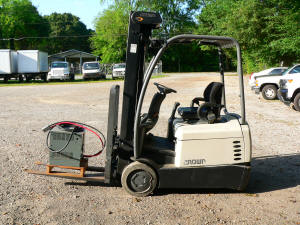 1090, Crown used forklift, SC4000 series