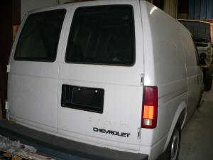 580, 1996 Chevrolet Astro rear doors