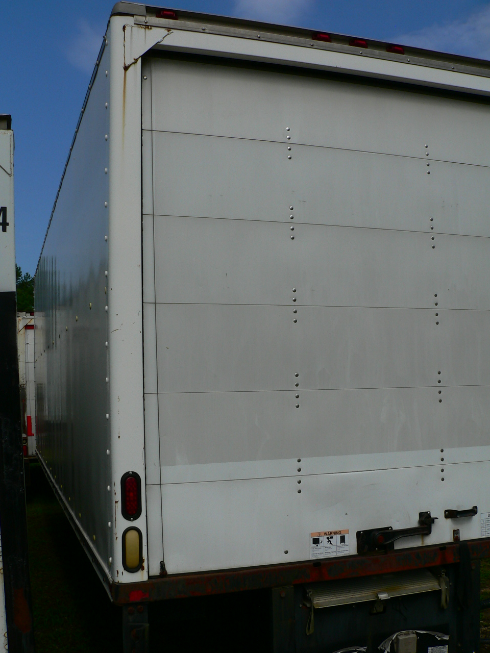 Truck Beds For Sale >> Used Truck bodies with walk ramps that are 24 feet long