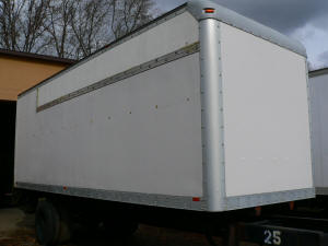 713, Utilimaster used 24 ft truckbody
