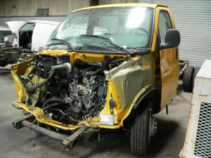 883, 2005 GMC Savana Cutaway used parts