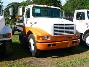 907, International 4700 used truck parts