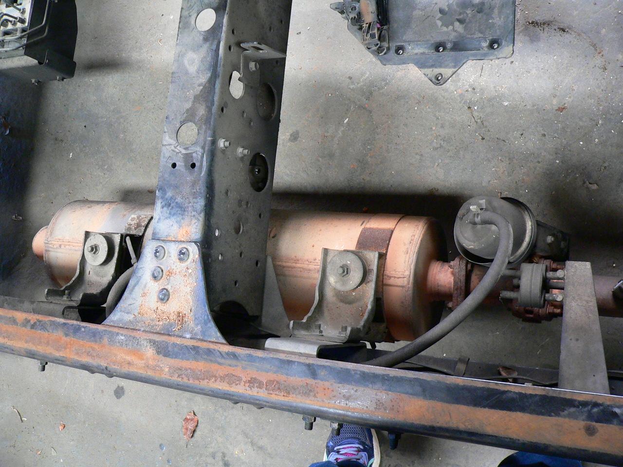 Isuzu Npr Hk Exhaust Engine Brake on 2007 Isuzu Npr Engine