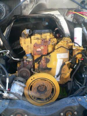 Used Big Truck Engines including Catapillar Engines, Cargo Van