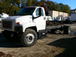 962, 2007 GMC C500 used truck parts