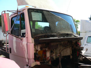 998, 2000 Freightliner FL70 used parts