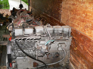 A038, 1995 Ford F800 engine parts