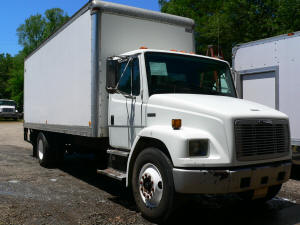 A089, 1998 Freightliner FL70 used truck for sale